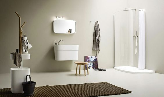 łazienka w stylu japońskim z prysznicem