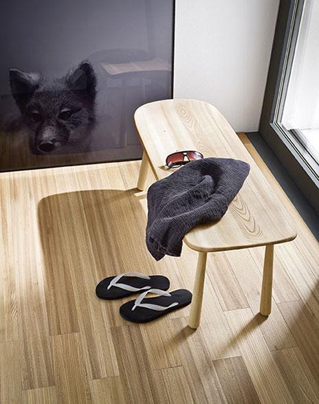 drewniana ławka do łazienki w stylu japońskie