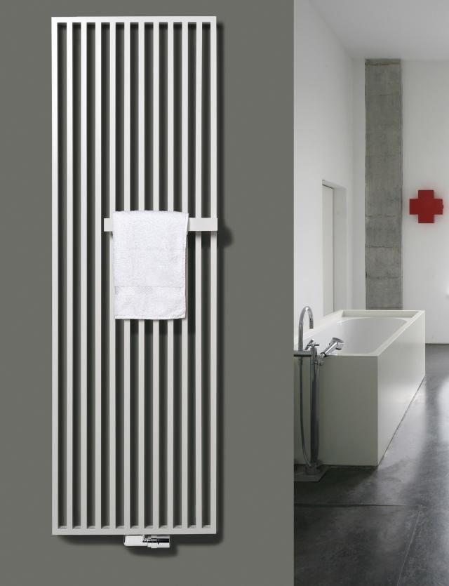 nowoczesne grzejniki łazienkowe z uchwytem na ręcznik firmy Vasco