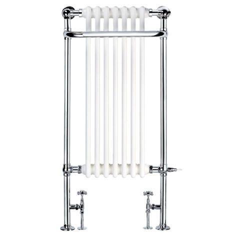 biało srebrne grzejniki łazienkowew stylu retro