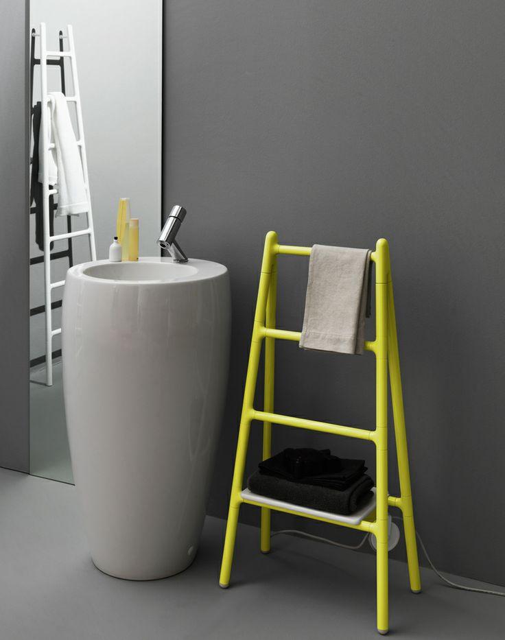 grzejniki łazienkowe w kształcie drabinki mogą również stanowić dodatkową półeczkę