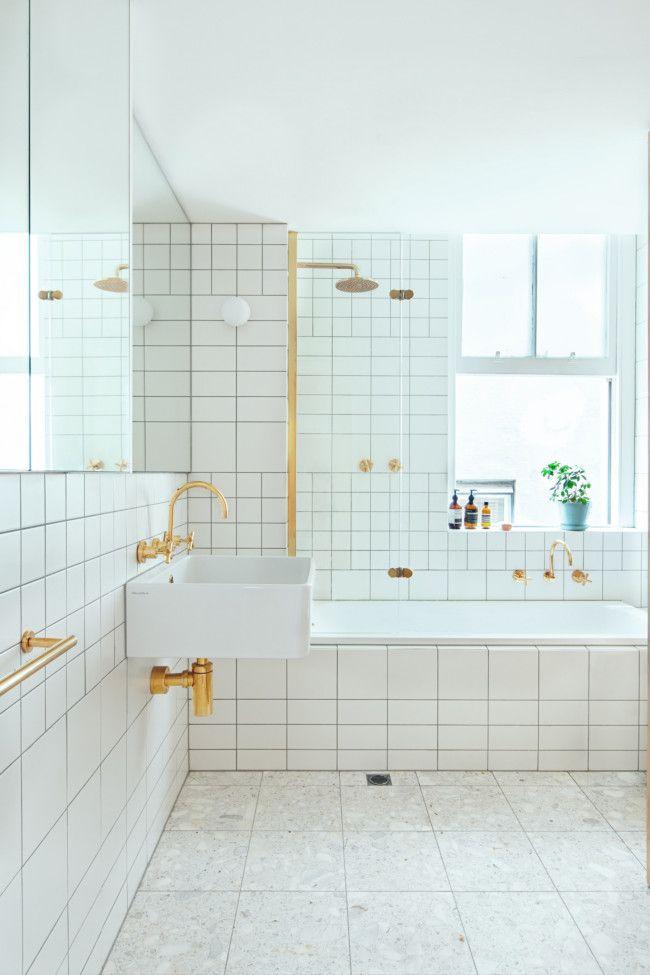 złot bateria umywalkowa i prysznicowa w formie ozdoby