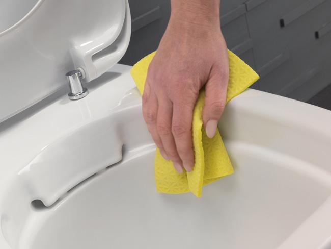 czyszczenie muszli ustępowej bez kołnierza jest bardzo proste i higieniczne