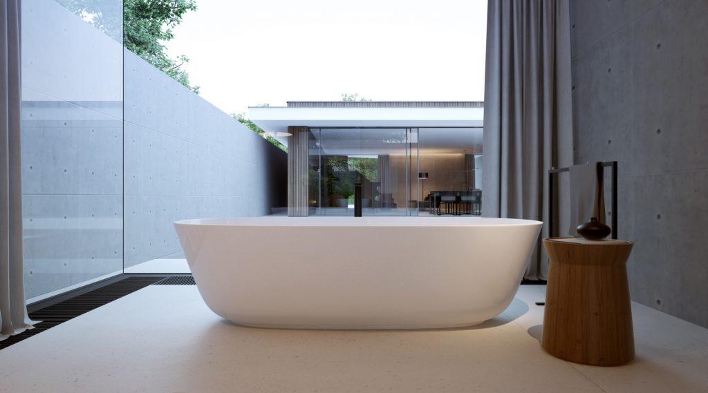 minimalistyczna łazienka z wanną wolnostojącą z wielkim oknem z widokiem na atrium domu