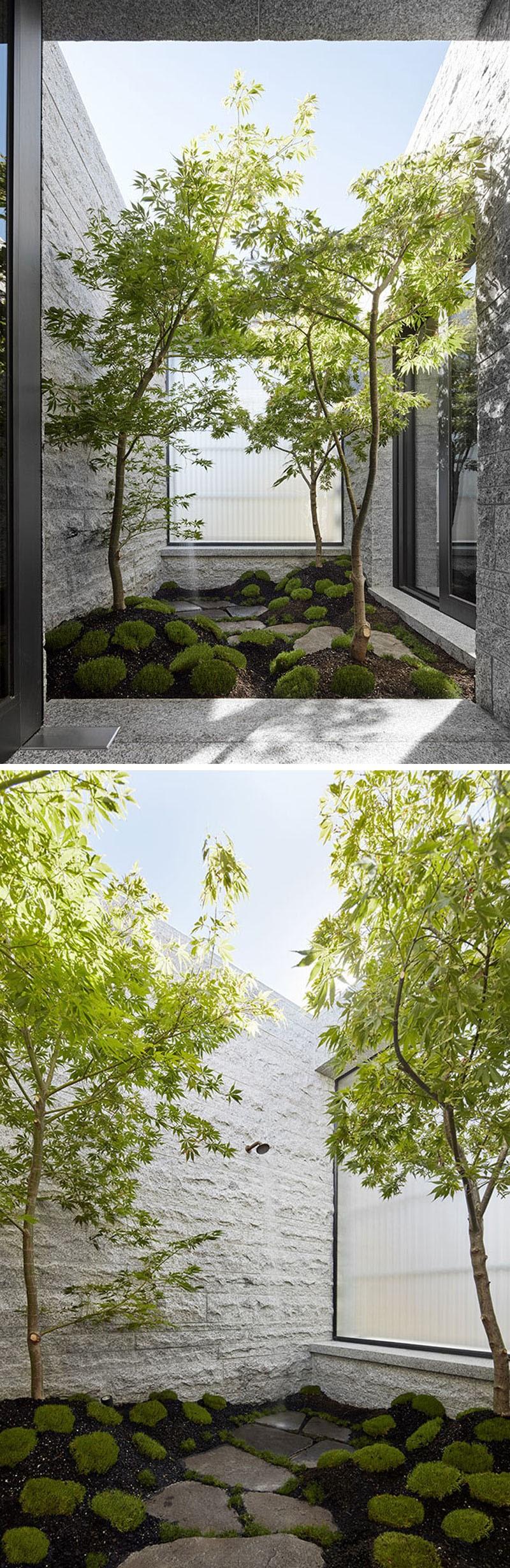łazienka w stylu japońskim na zewnątrz budynku