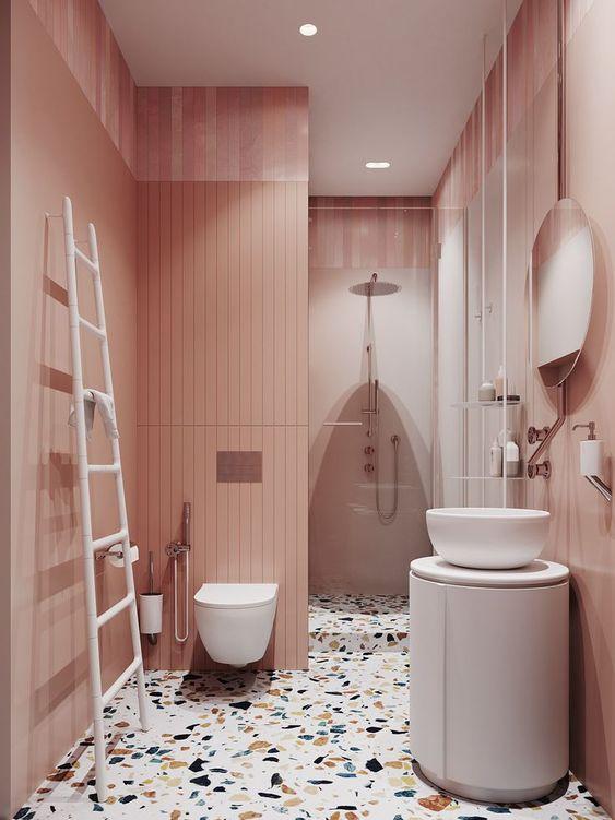 terazzo na podłodze w łazience
